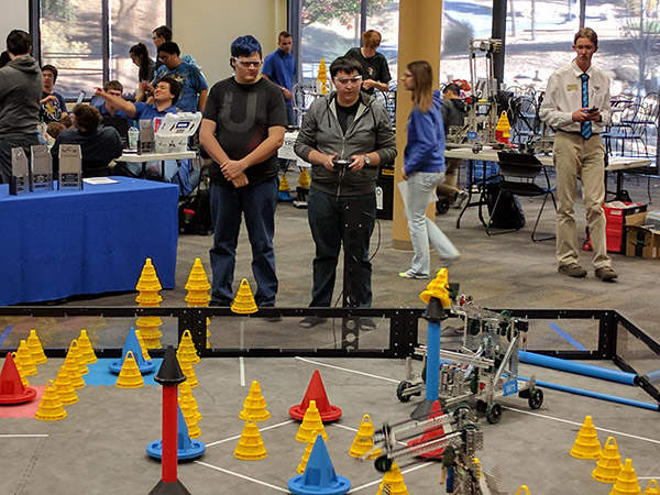 UAT Robotics students place 7th at VEX U