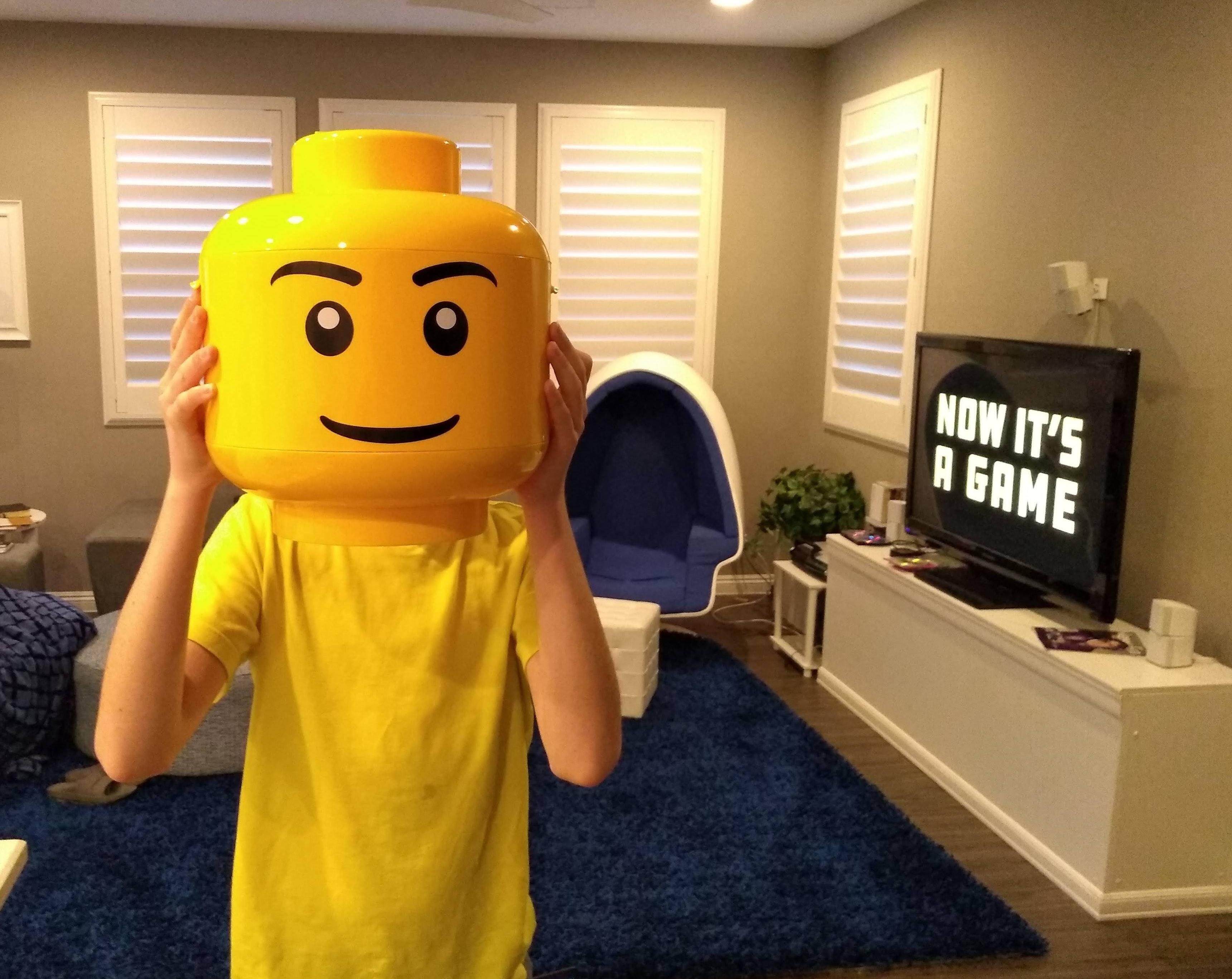Social Distancing Lego