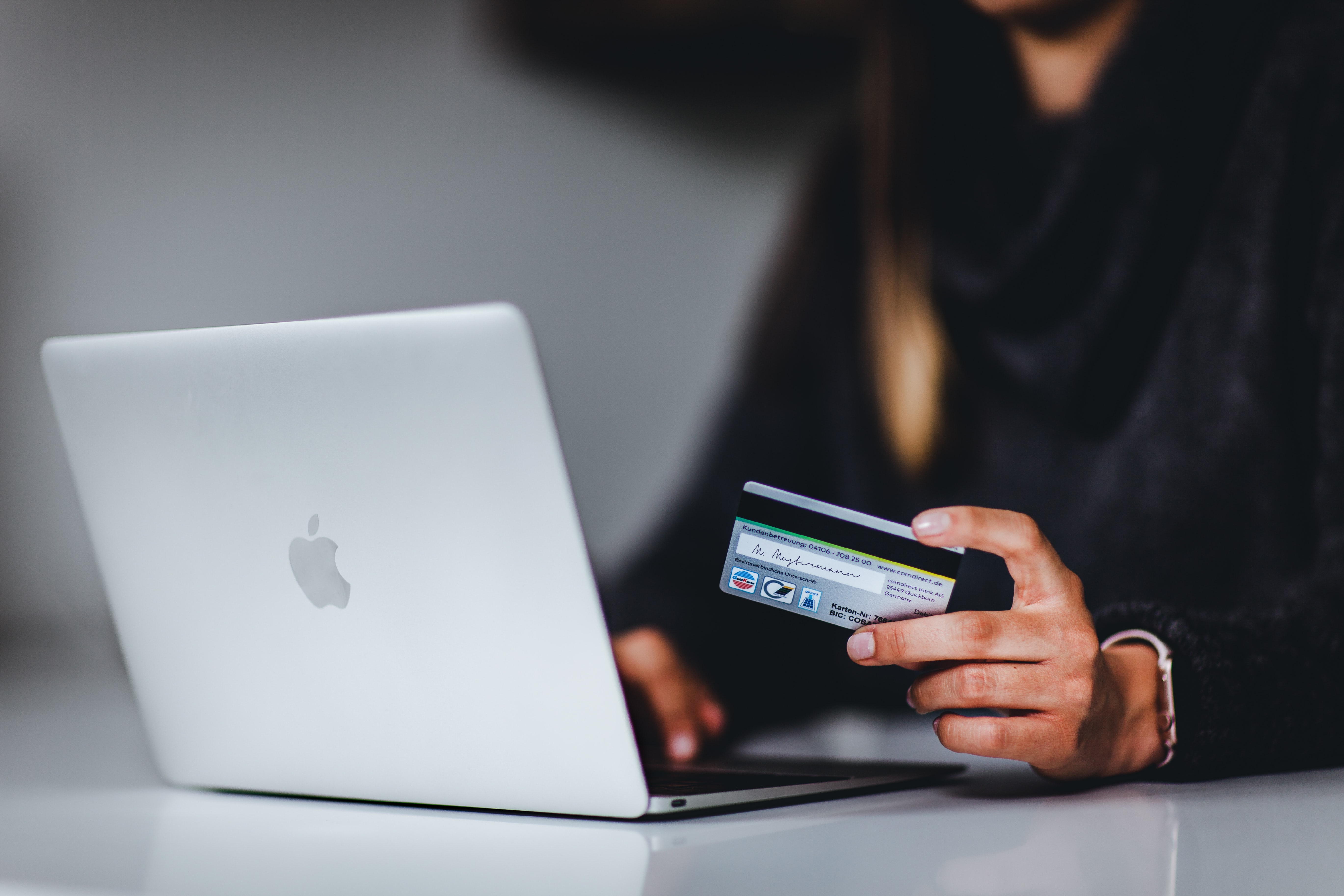 e-commerce and online shopping
